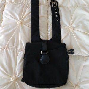 Ameribag Metro Crossbody Bag